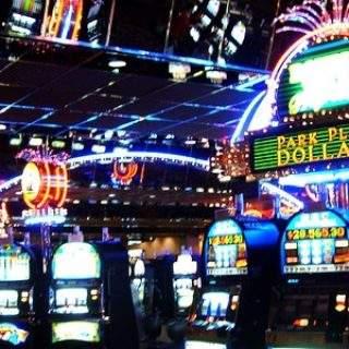 Какое же на самом деле отношение у людей к казино